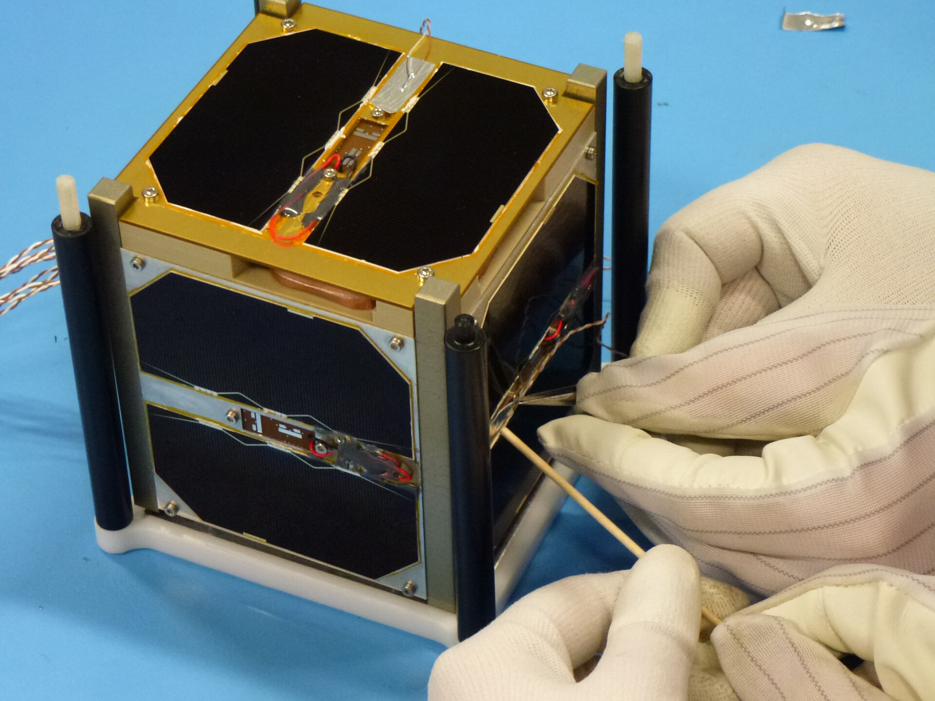 Attaching external thermocouples to CubeSat