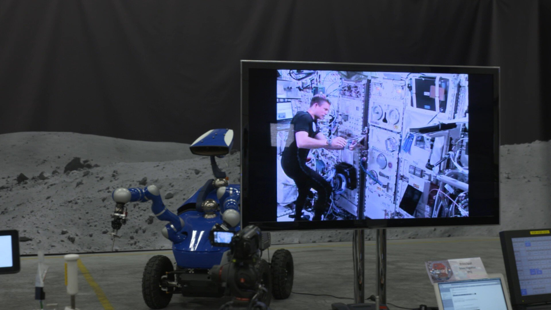 Andreas controlling rover