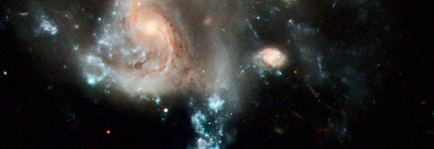 Galaksekollision, Galakserne PGC 37639 og PGC 101374