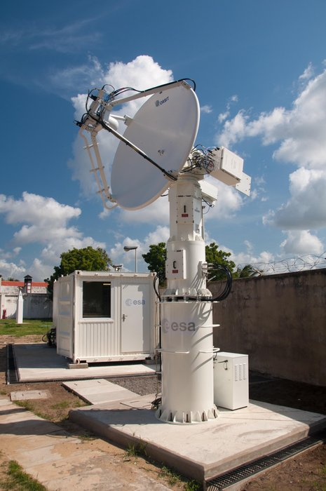 For the launch of LISA Pathfinder, the Estrack team at ESOC oversaw the development and installation of a 2-m X-band terminal (MAL-X) at the Italian Space Agency's (ASI) Broglio Space Center (BSC) in Malindi (Kenya) in 2015.