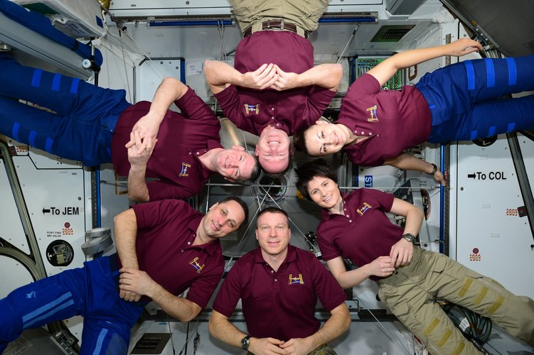 Expedition 42 group photo