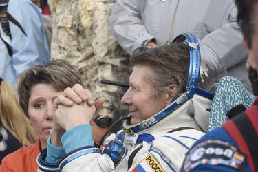 Gennady Padalka back on Earth