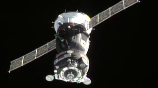 Soyuz TMA-18M approaches Space Station