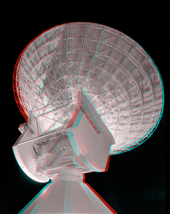 This 3D anaglyph shows ESA's 35m deep-space tracking station at New Norcia, Western Australia, at night. In 2015, ESA's Estrack ground station network celebrates 40 years of European tracking #estrack40