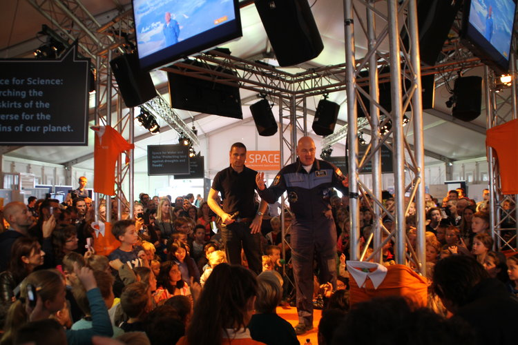 André Kuipers in NL Space tent