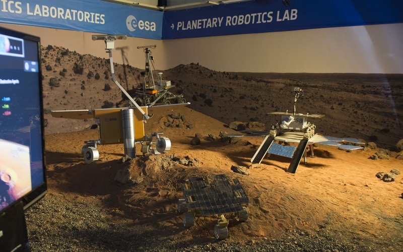 Rovers in Mars Yard