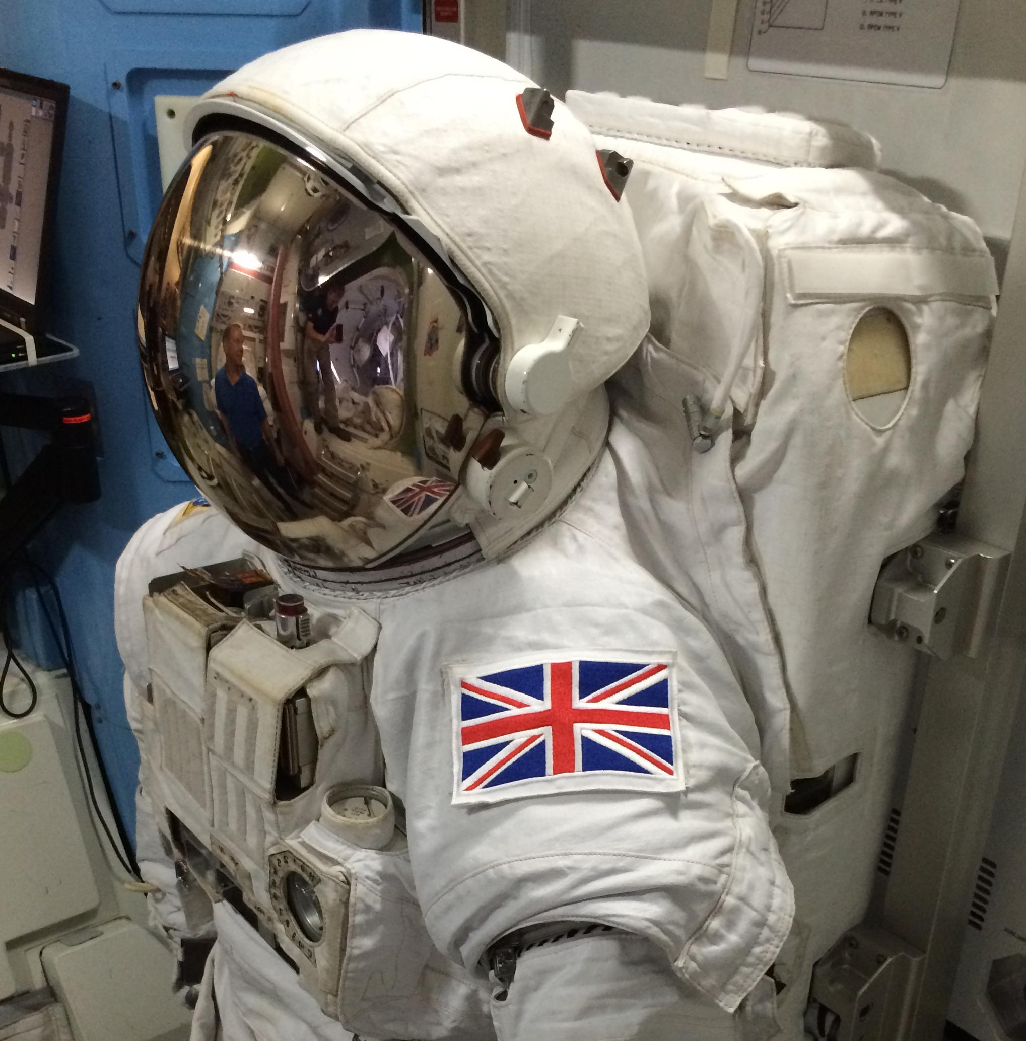 Space in Images - 2015 - 10 - Tim Peake EVA suit
