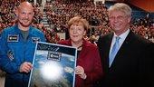 Bundeskanzlerin Angela Merkel empf�ngt Alexander Gerst in ihrer Heimatregion