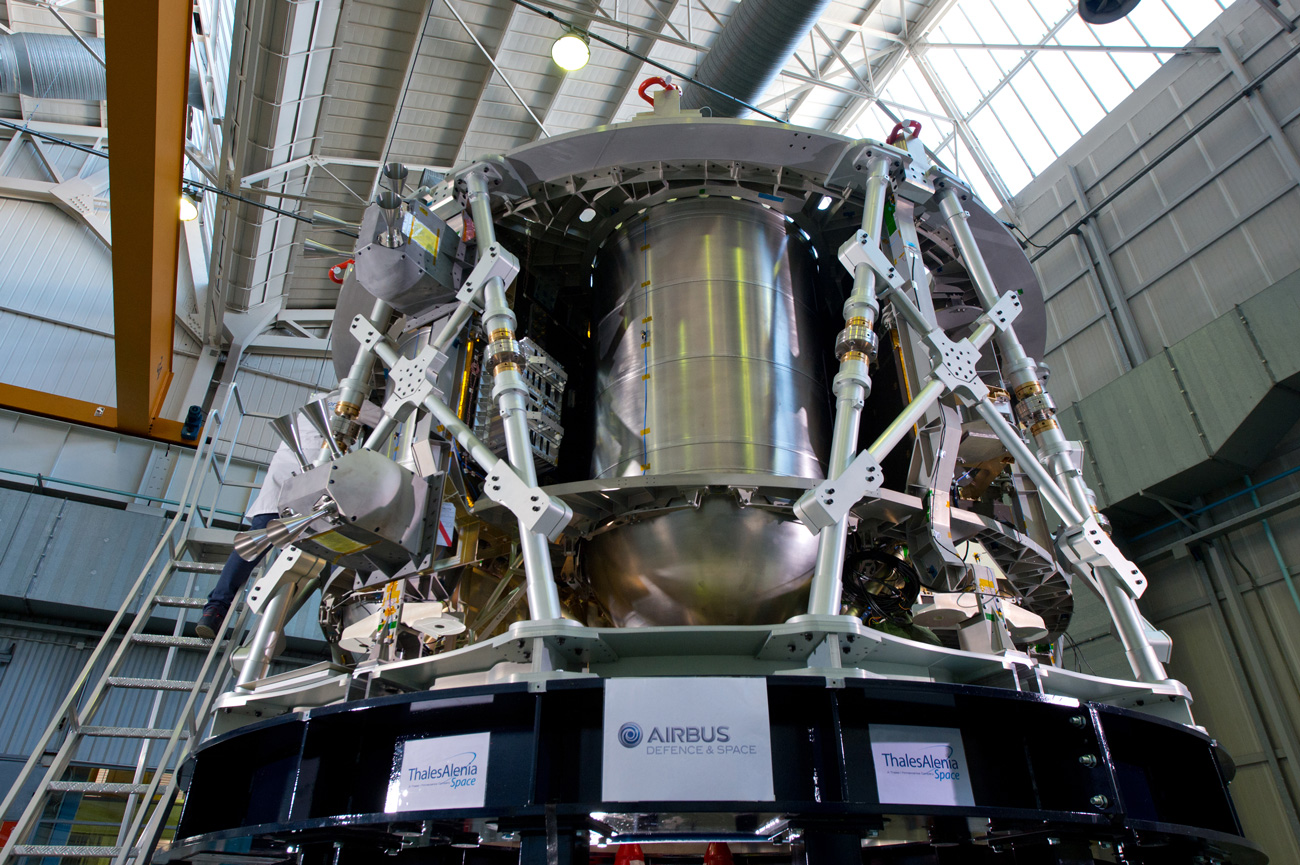 Space In Images 2015 11 Orion European Service