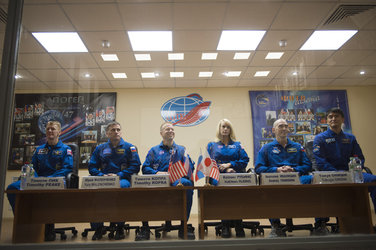 Expedition 46-47 prime and backup crewmembers