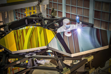 Test mirror segments for the James Webb Space Telescope