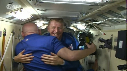 Tim Peake arrives at Space Station
