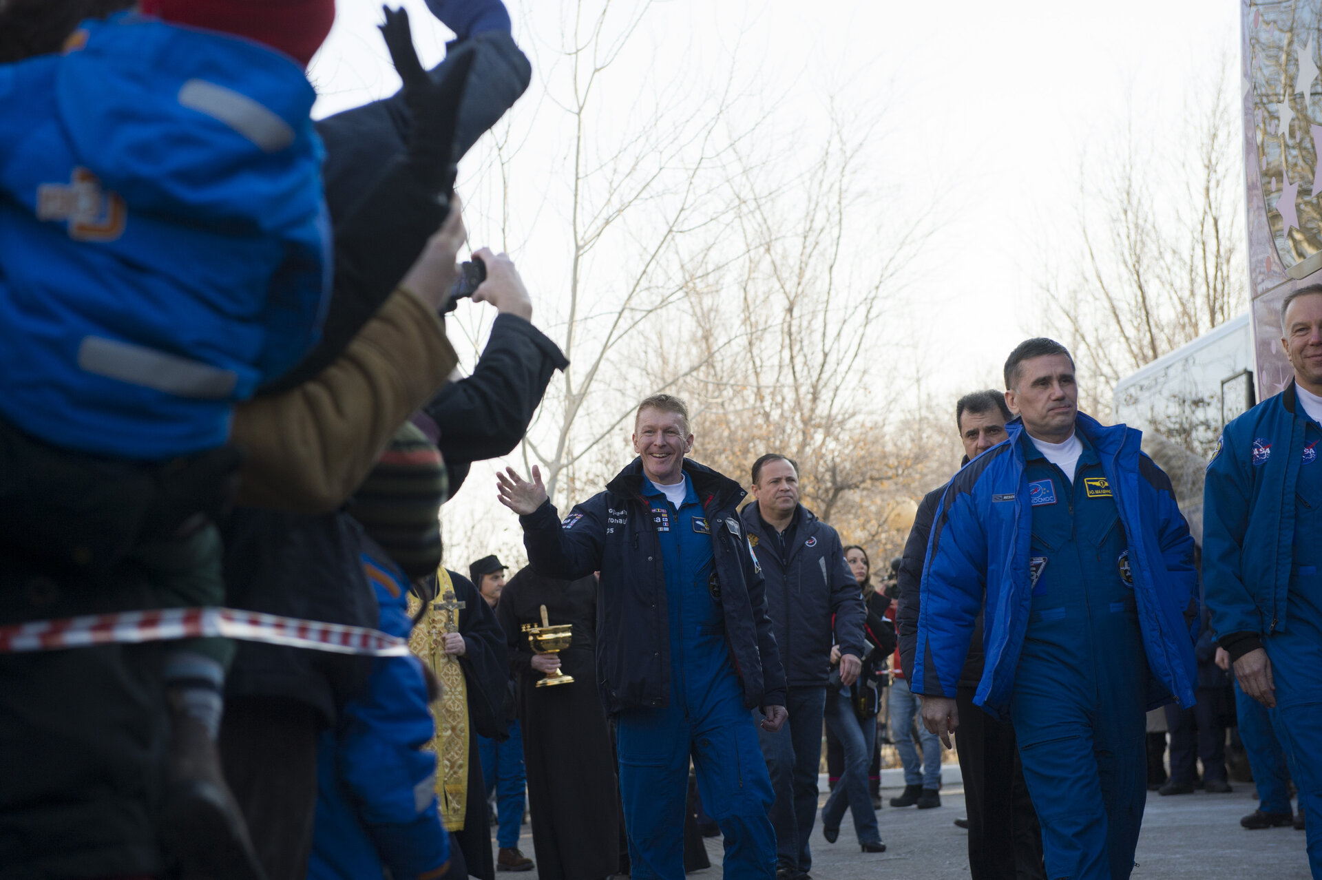 Tim Peake waves farewell to family and friends