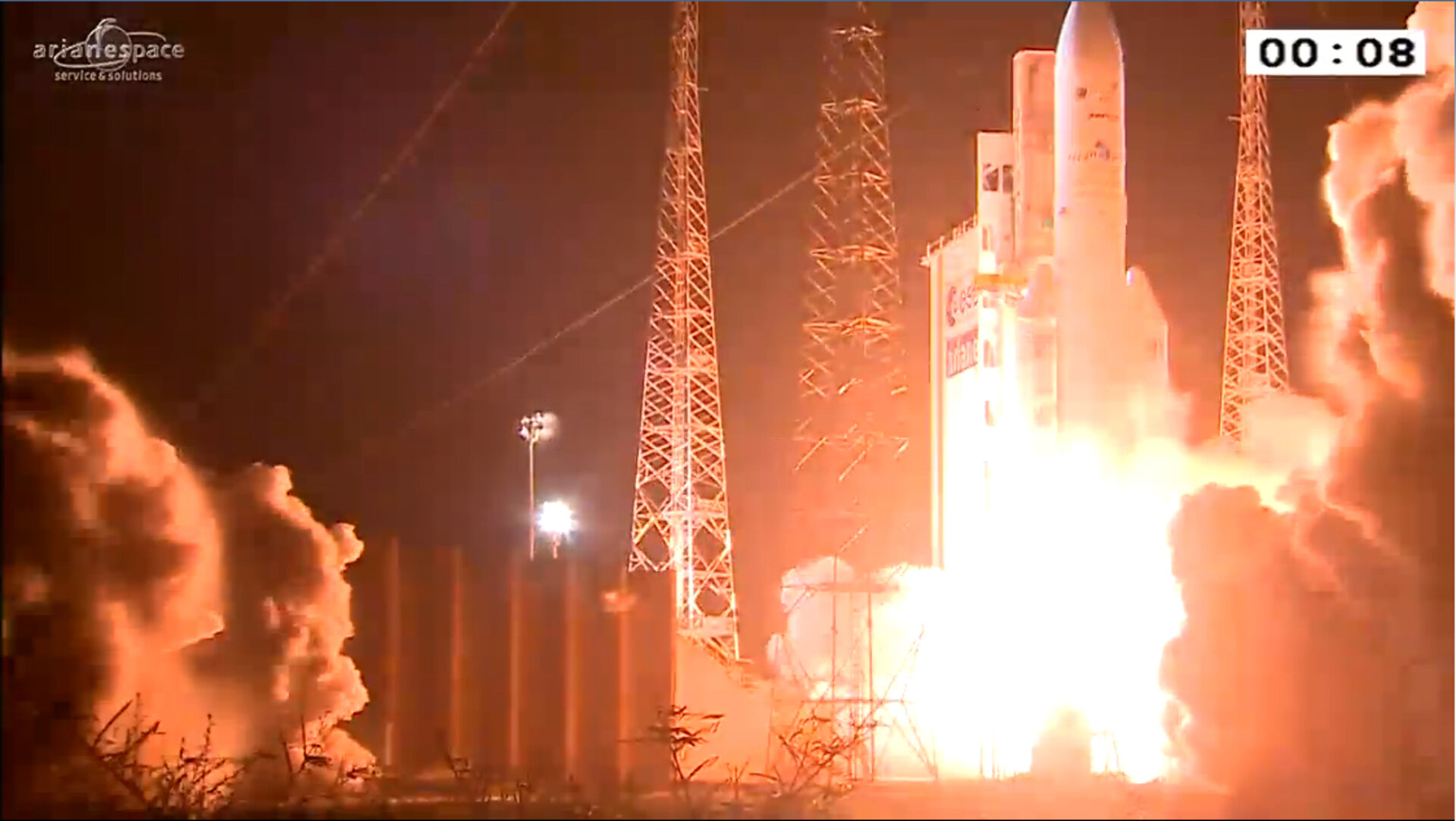 Ariane 5 liftoff on VA228