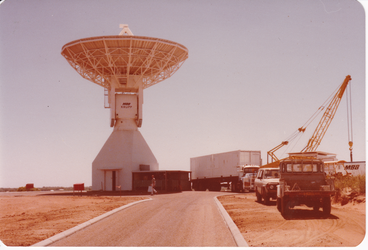 ESA antenna construction 1985