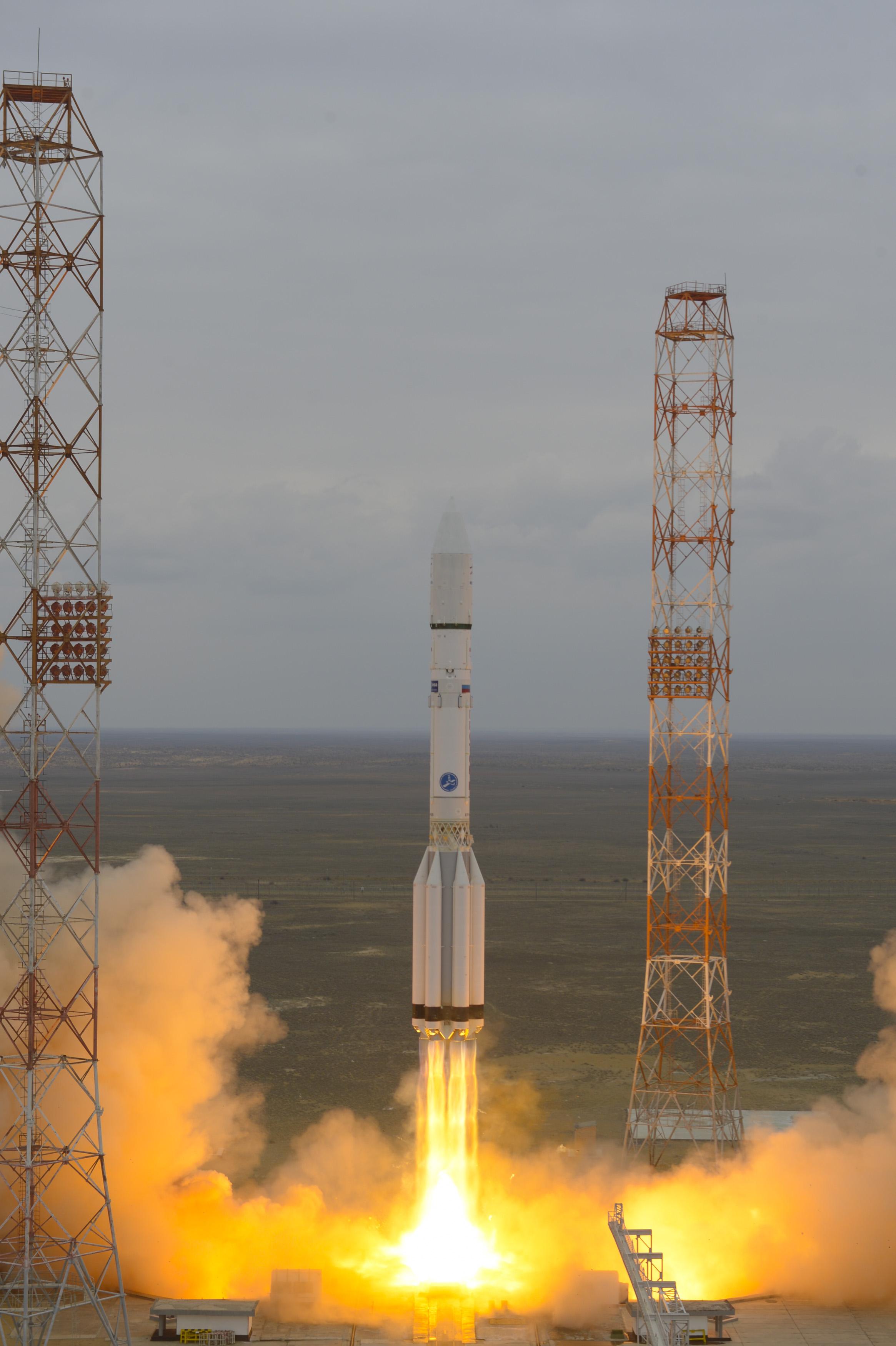 mais: http://www.ccvalg.pt/astronomia/noticias/2016/03/15_exomars.htm