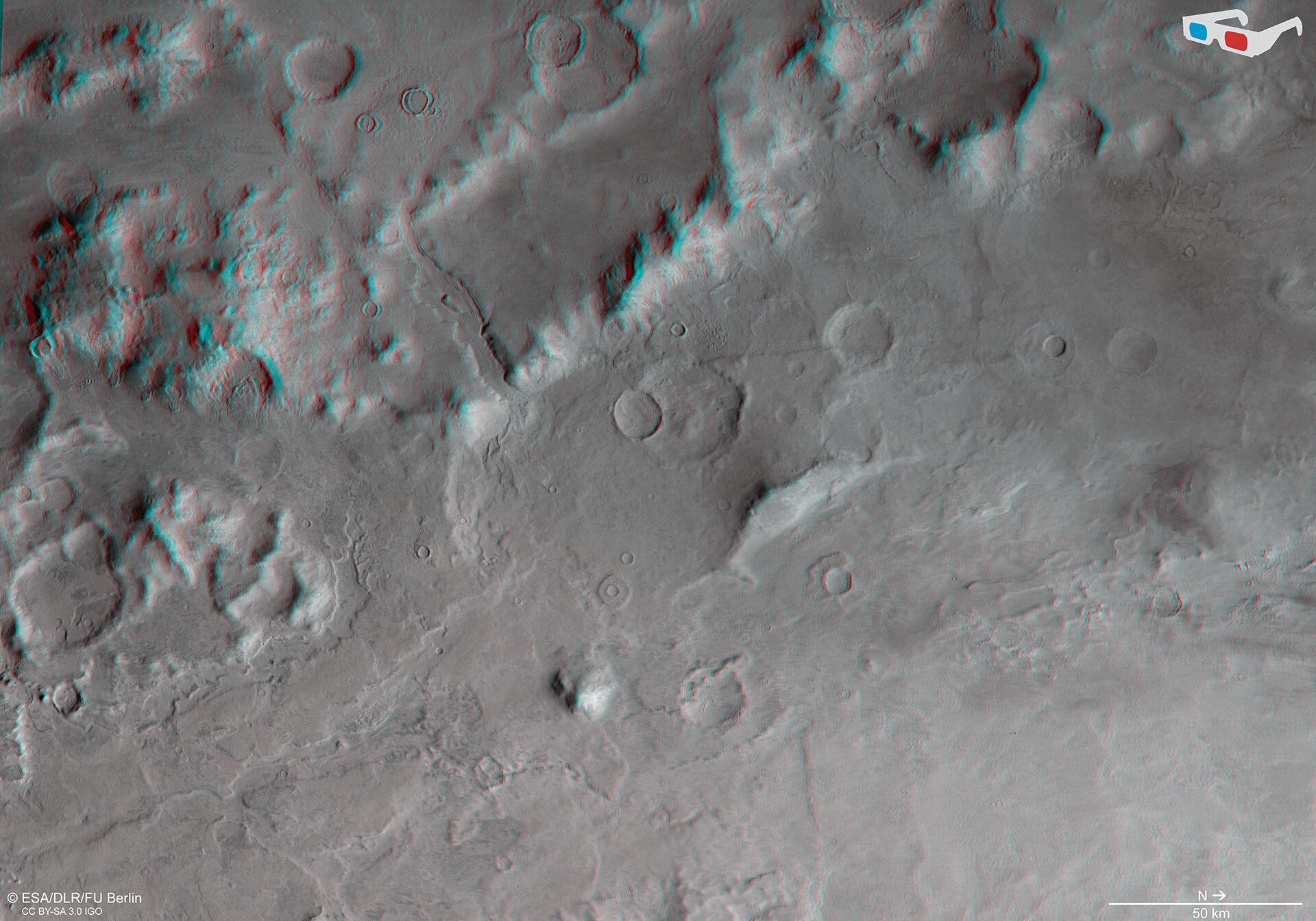 Hellas Basin rim in 3D