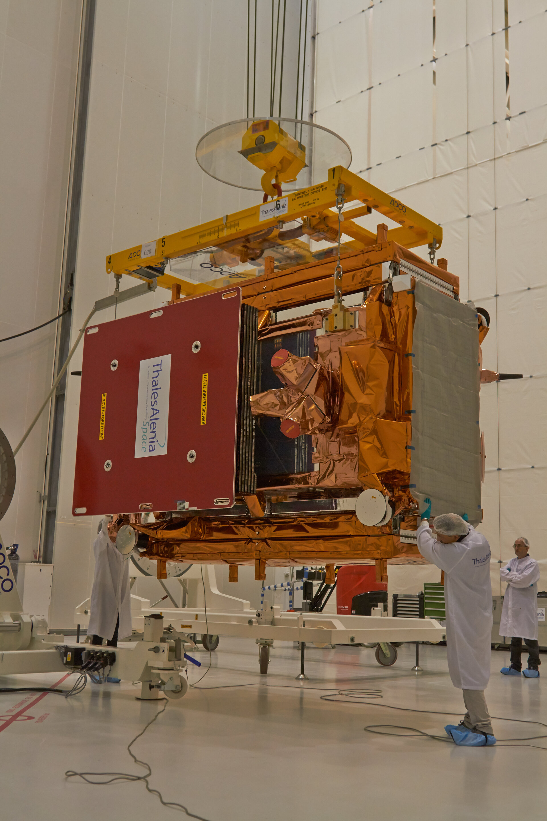 Positioning Sentinel-1B on trolley for testing
