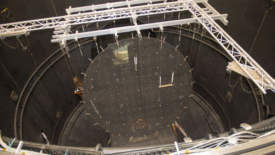 Reflector within test chamber