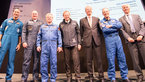 [7/14] Jan Wörner with ESA astronauts