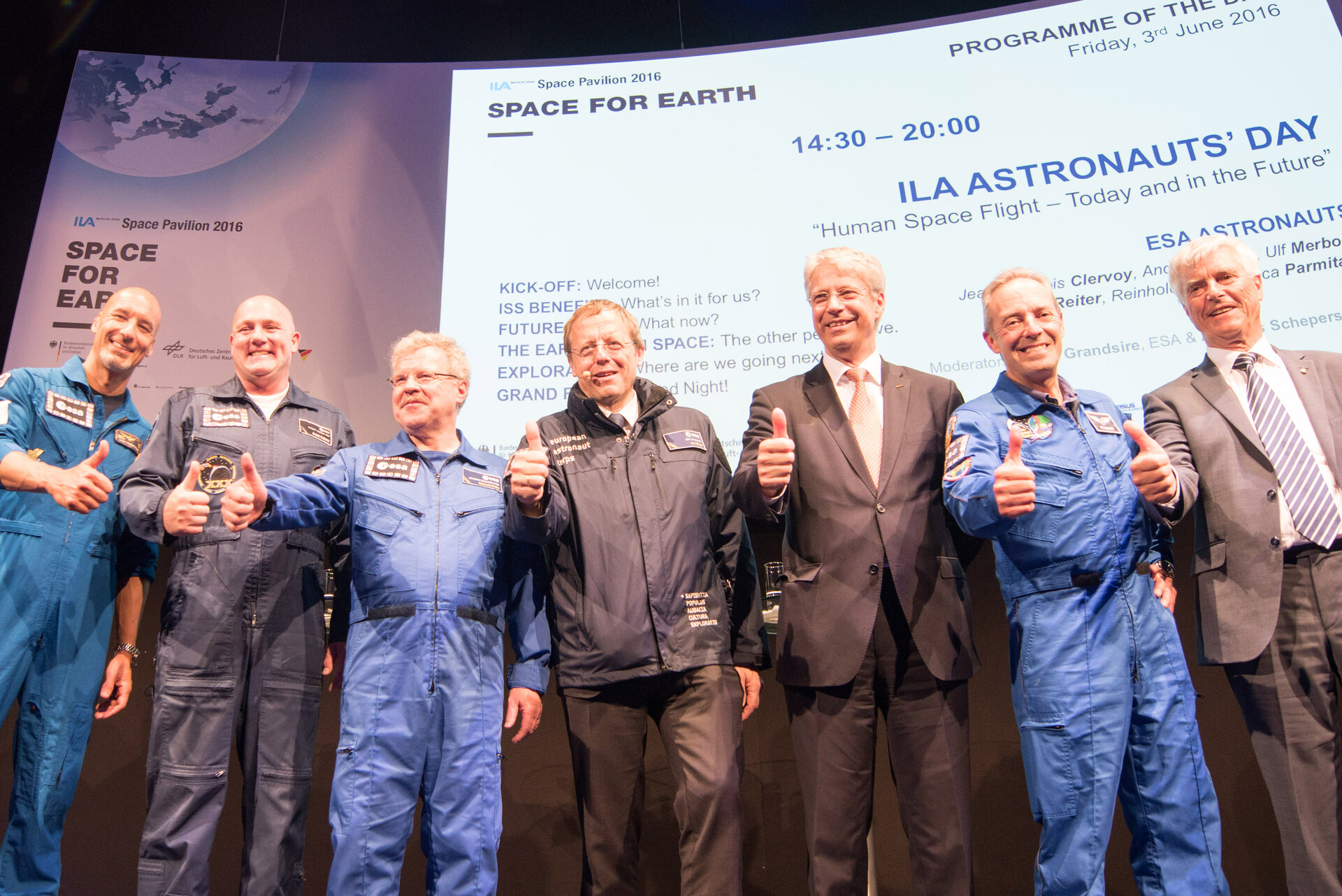 Jan Wörner with ESA astronauts