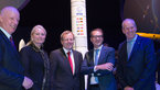 [22/45] Minister Alexander Dobrindt visits the 'Space for Earth' pavilion