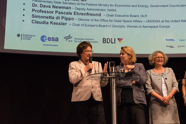 Panel discussion: Women in Aerospace Europe