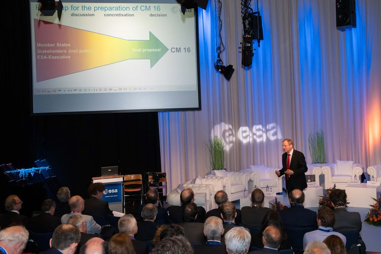 ESA Director General Jan Woerner at the High Level Forum 2016