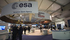 [6/67] ESA pavilion Farnborough 2016