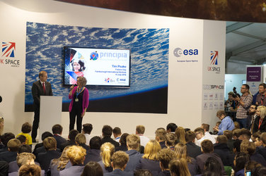 Katherine Courtney (UKSA) and Jan Wörner (ESA) start the proceedings