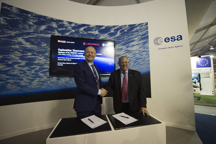 Signature of the Prospect B+ contract between ESA and Leonardo