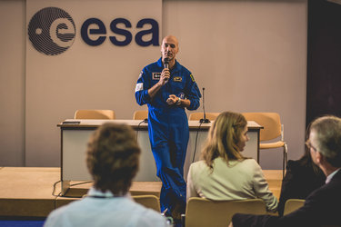 Luca Parmitano at Space App Camp 2016