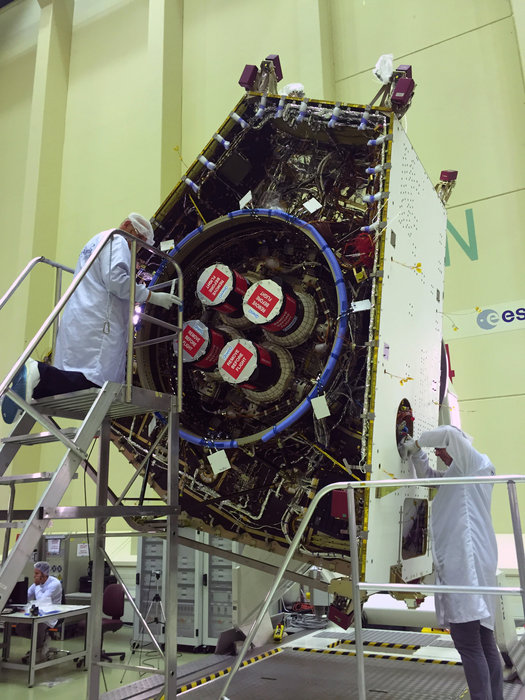 Space In Images 2016 09 Mercury Transfer Module With