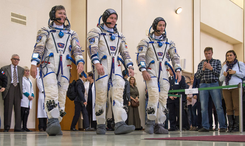 Thomas, Oleg, Peggy in Sokol suits