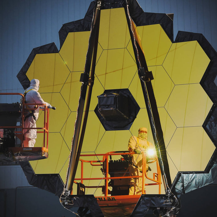 Inspecting JWST's primary mirror