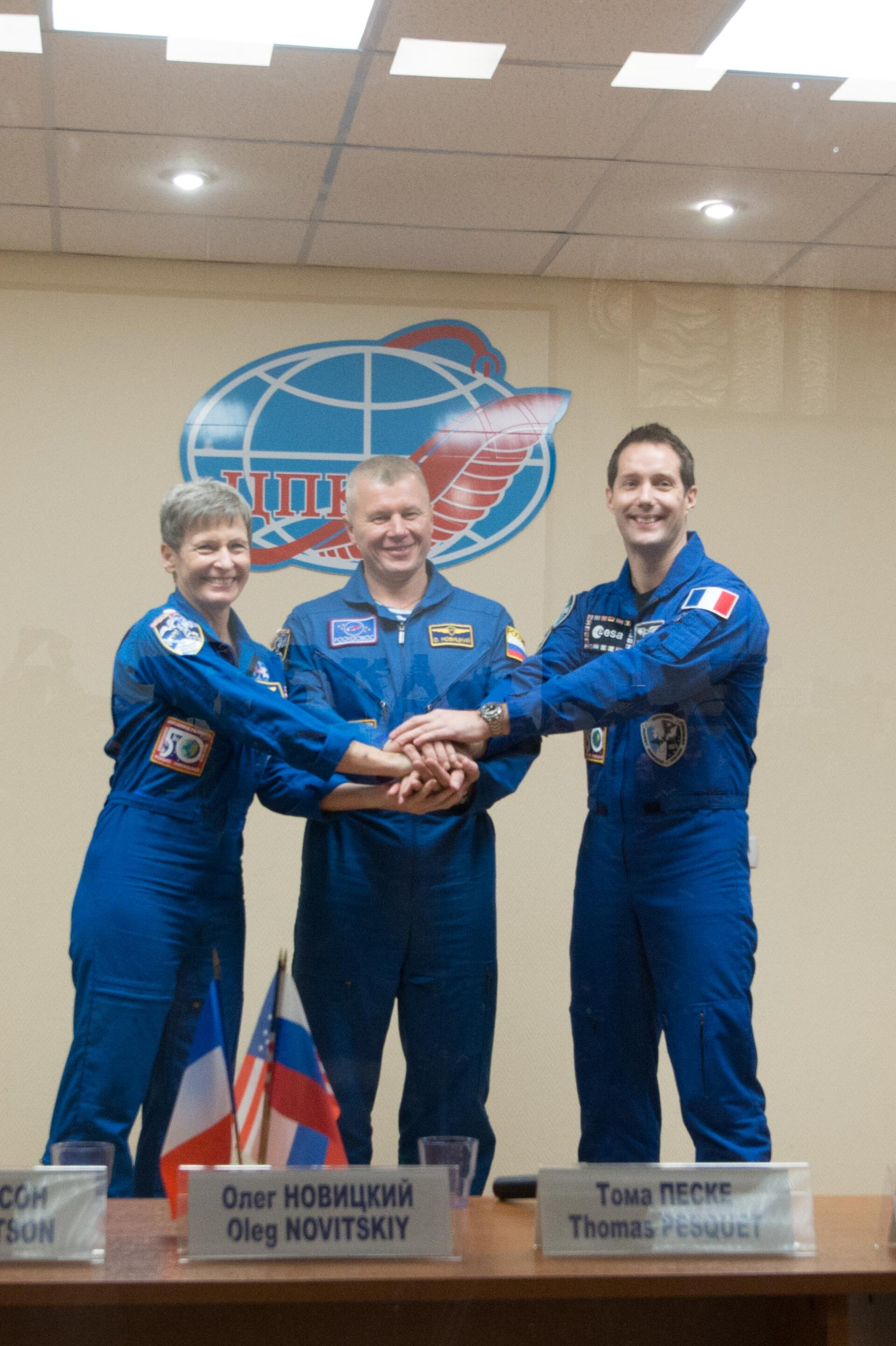 Prime crewmembers during the pre-launch press conference