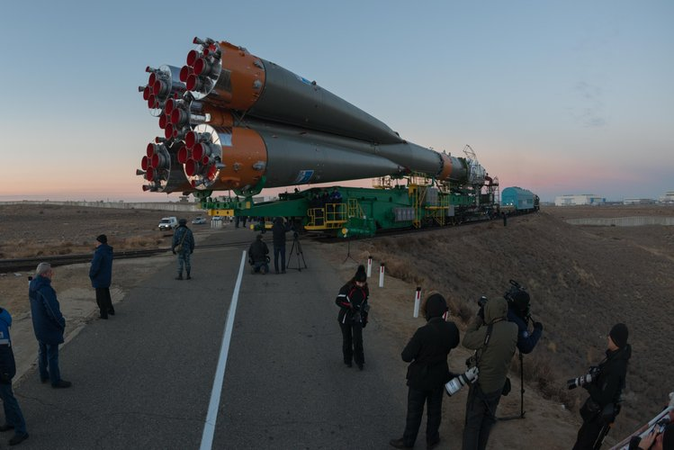 Soyuz roll out
