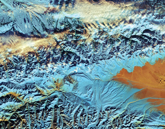 Space in Images - 2016 - 12 - China\'s Tian Shan mountains