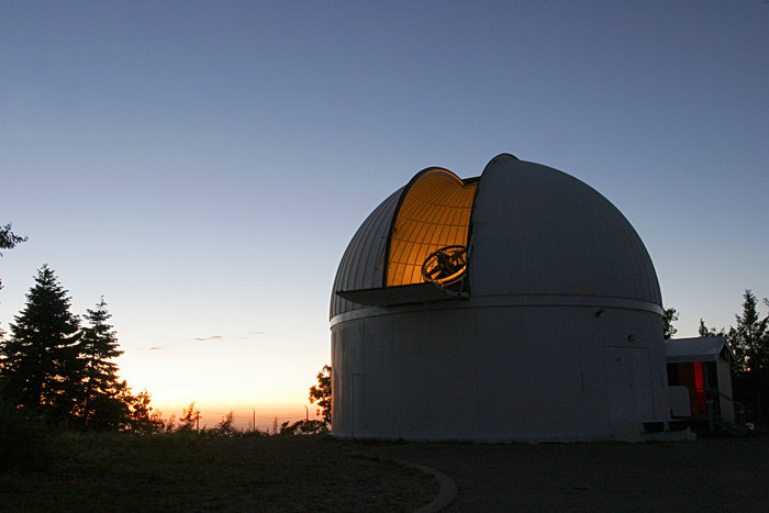 The 1.5 m-diameter telescope of the Catalina Sky Survey, seen in twilight