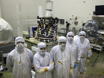 Hexapod in clean room