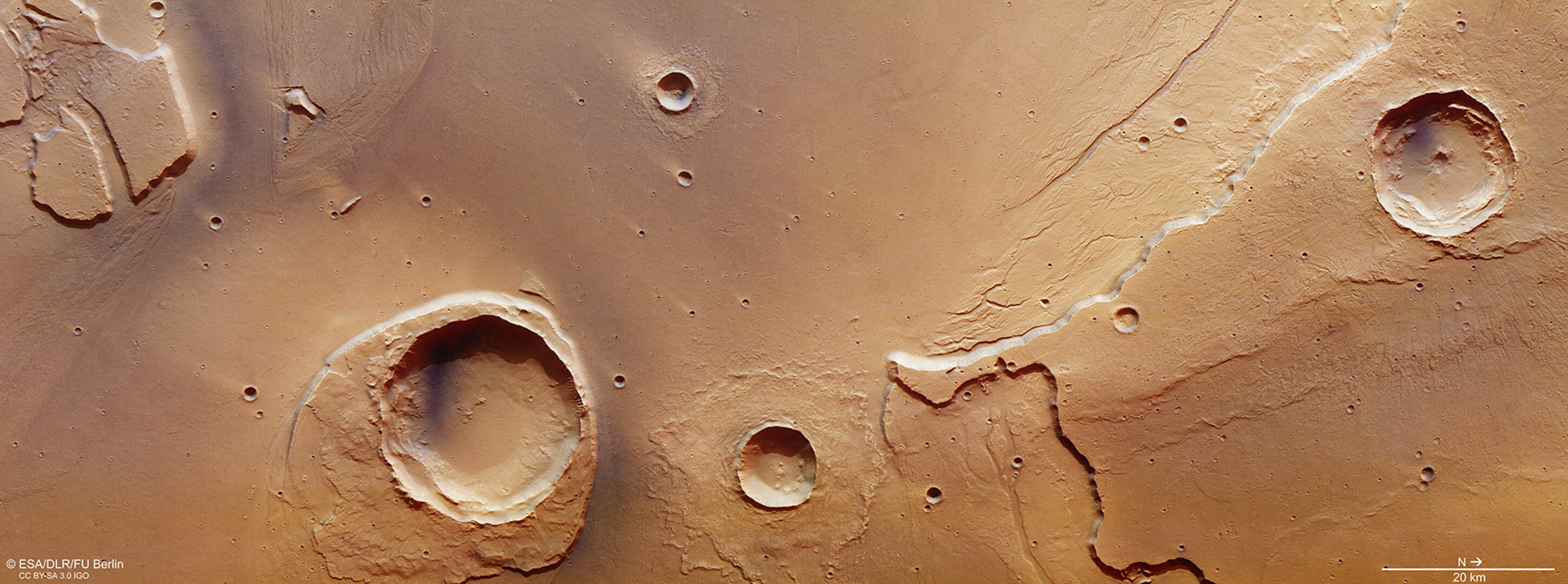 At the mouth of Kasei Valles