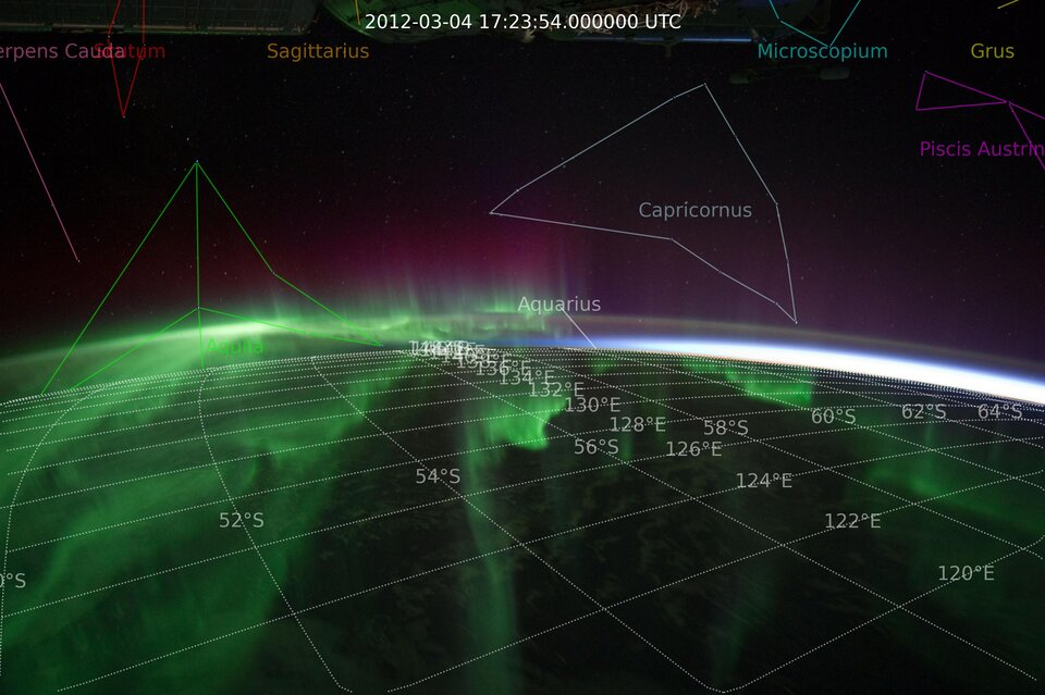 Geo-referencing astronauts' auroral photography to further their use in research