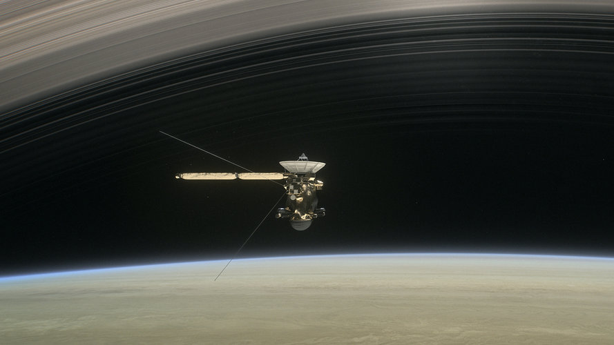 Cassini between Saturn and the rings