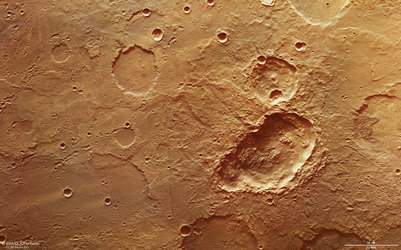 Triple crater in Terra Sirenum