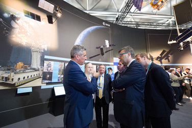 Alastair Hamilton and Invest NI delegation visit the ESA Pavilion