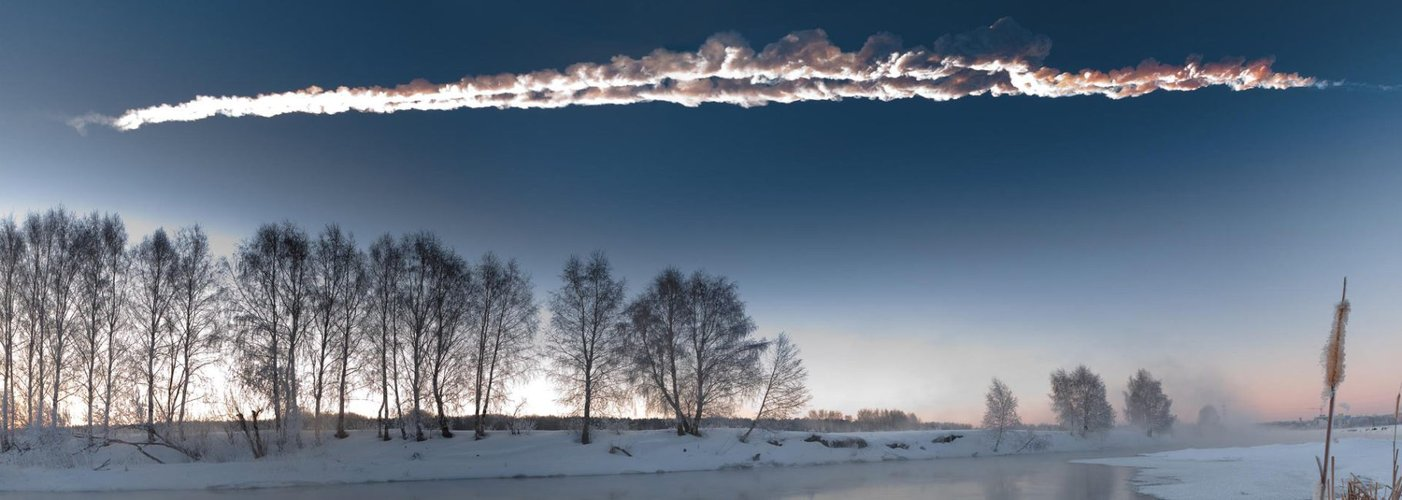 Trail of the Chelyabinsk asteroid crossing Russian skies