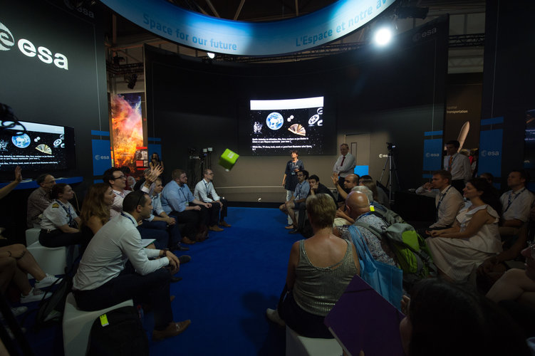 'Space 4.0ur future: sound check with citizens – the Moon for our future'
