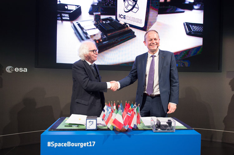 ESA signed an agreement with Space Applications Services