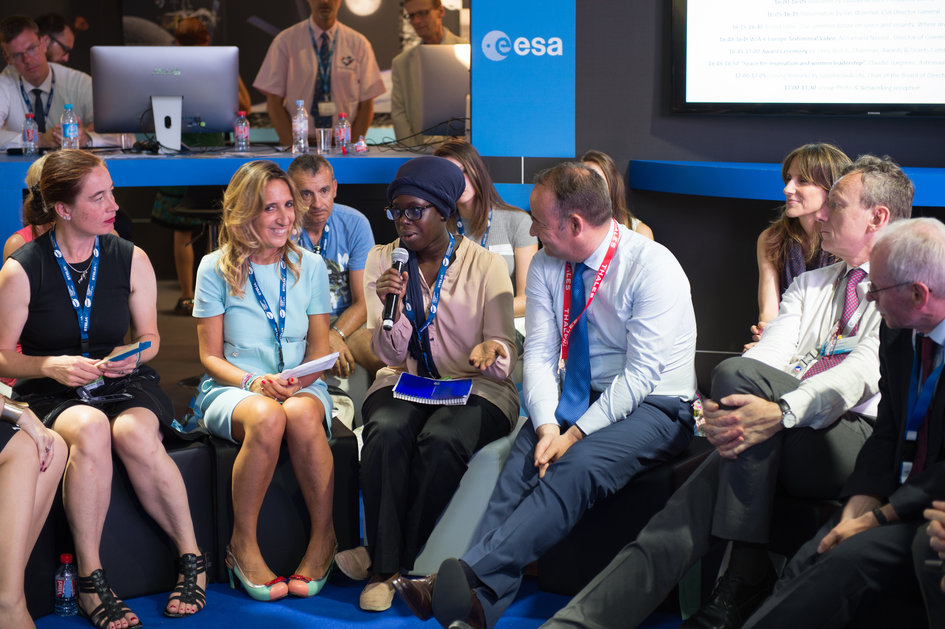 Fatoumata Kebe at Women in Aerospace Europe Round Table