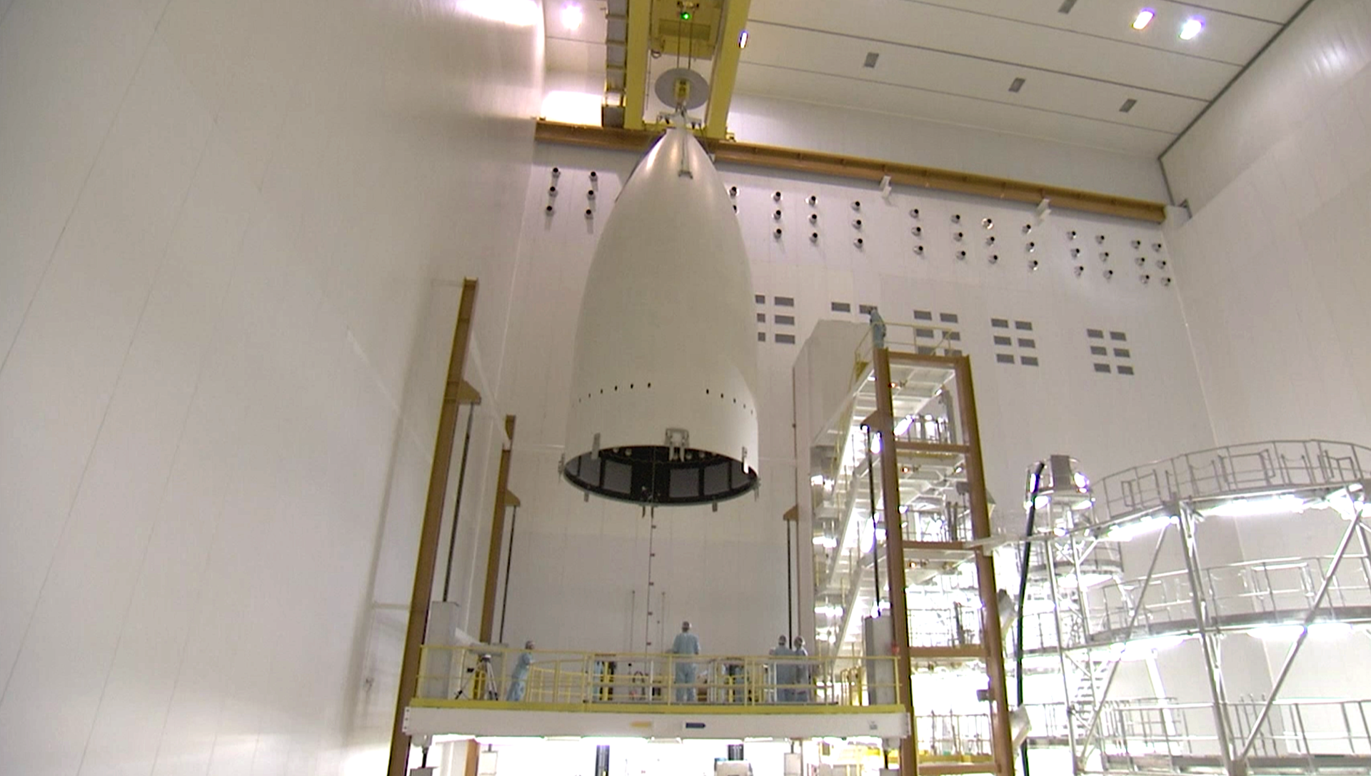 Four-panel fairing for Ariane 5